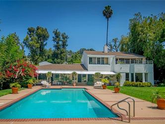 La chanteuse Adèle achète à Beverly Hills