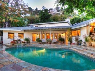Sandra Bullock : sa villa de L.A. à saisir !