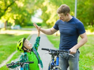 Tentez la discipline positive avec vos enfants