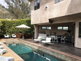 Eva Longoria quitte sa villa hollywoodienne