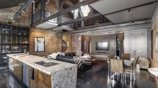une maison d labr e pour un million d euros. Black Bedroom Furniture Sets. Home Design Ideas