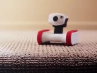 Le robot Riley vous protège des cambrioleurs