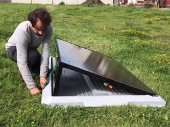 Un panneau solaire posé en 5 minutes chrono