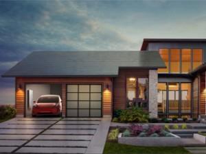 Tesla se lance dans les toits solaires