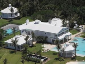 Cline dion vend sa villa de floride avec un norme rabais for Acheter une maison en floride forum