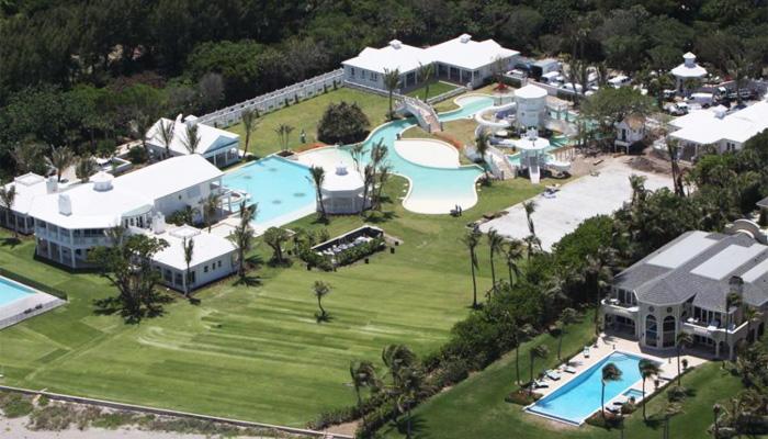 Cline dion vend sa villa de floride avec un norme rabais - Maison de celine dion a las vegas ...