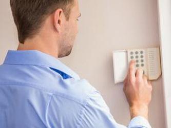 3 alarmes indispensables pour sécuriser votre maison