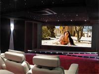 Une salle de cinéma chez moi : rencontre avec un installateur