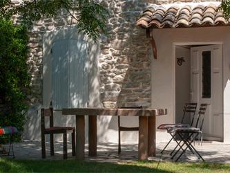 Créer un coin d'ombre dans un jardin ou sur un balcon