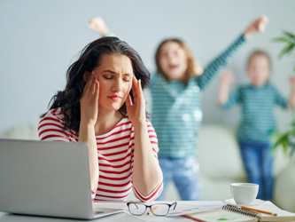 Comment travailler de chez soi avec des enfants ?