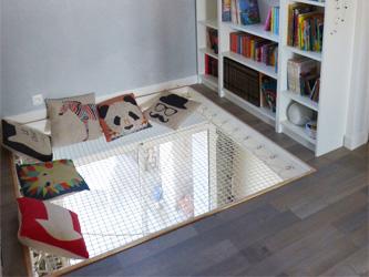 et si vous installiez des trampolines dans votre maison. Black Bedroom Furniture Sets. Home Design Ideas