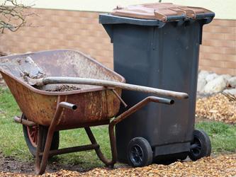 L'invention de la poubelle