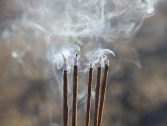 Le rituel de l'encens