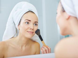 Maquillage, passez au 100% naturel