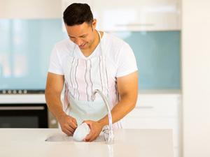 Comment garder sa vaisselle étincelante